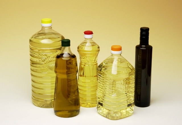 Peut-on mettre son huile alimentaire dans le compost?